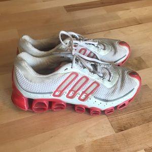 adidas Shoes - Adidas size 7
